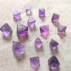 Octaèdre de Fluorite violette ~ Spiritualité constructive (fluorine)