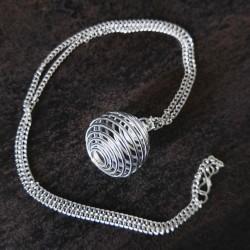 Chaîne et cage spirale argentée (25x20) pour pierre roulée